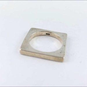 anello-uomo-donna-argento-925-fede-quadrata-estasia-online