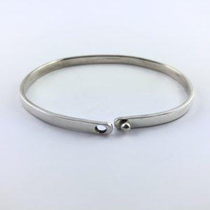 bracciale-uomo-argento-925-liscio-chiusura-bottone-aperto-online