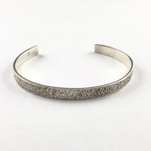 bracciale-uomo-argento-925-micro-martellato-online