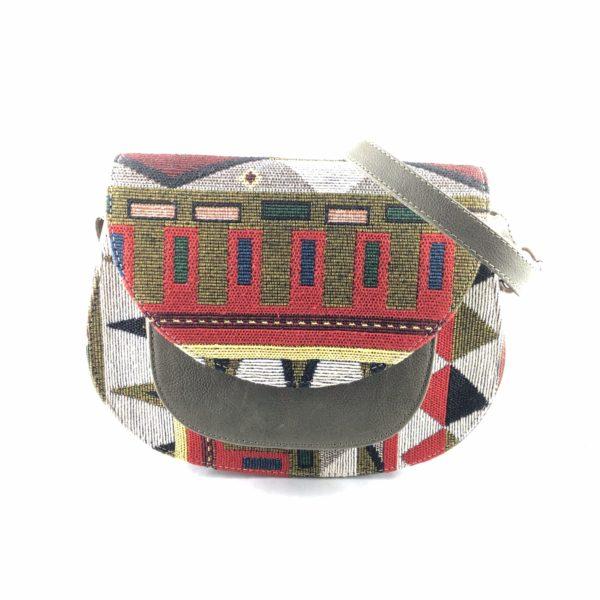 Borsa-cuoio-tracolla-ricoperta-tessuto-fatto-mano-tasca-interna-esterna