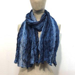 sciarpa-pura-seta-sfumata-tono-su-tono-gradazioni-blu-azzurro