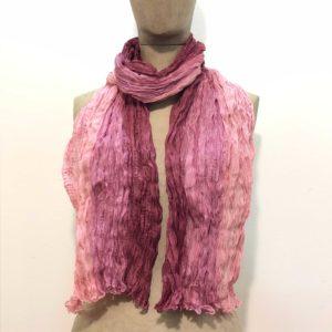sciarpa-pura-seta-sfumata-tono-su-tono-gradazioni-fucsia-rosa