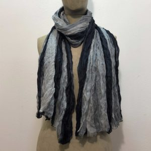 sciarpa-pura-seta-sfumata-tono-su-tono-gradazioni-blu-grigio-azzurro