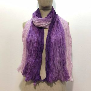 sciarpa-pura-seta-sfumata-tono-su-tono-gradazioni-viola-violetto-rosa
