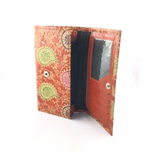 Portafoglio-aperto-cuoio-porta-carte-credito-porta-monete-design-vintage