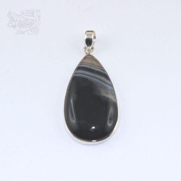 Ciondolo-pietra-agata-nera-striata-montata-argento-925-forma-goccia